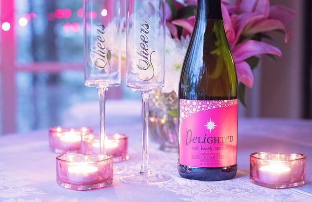 ארגון מסיבת יום נישואים להורים  – המדריך המלא
