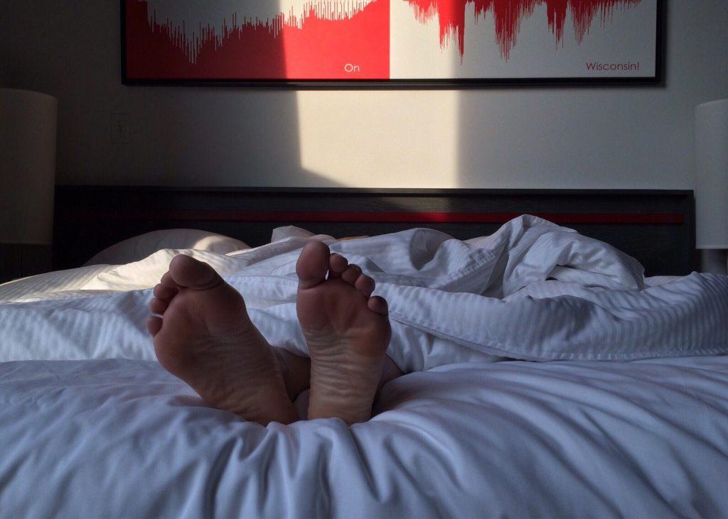כיצד המצעים שלכם - משפיעים על איכות השינה