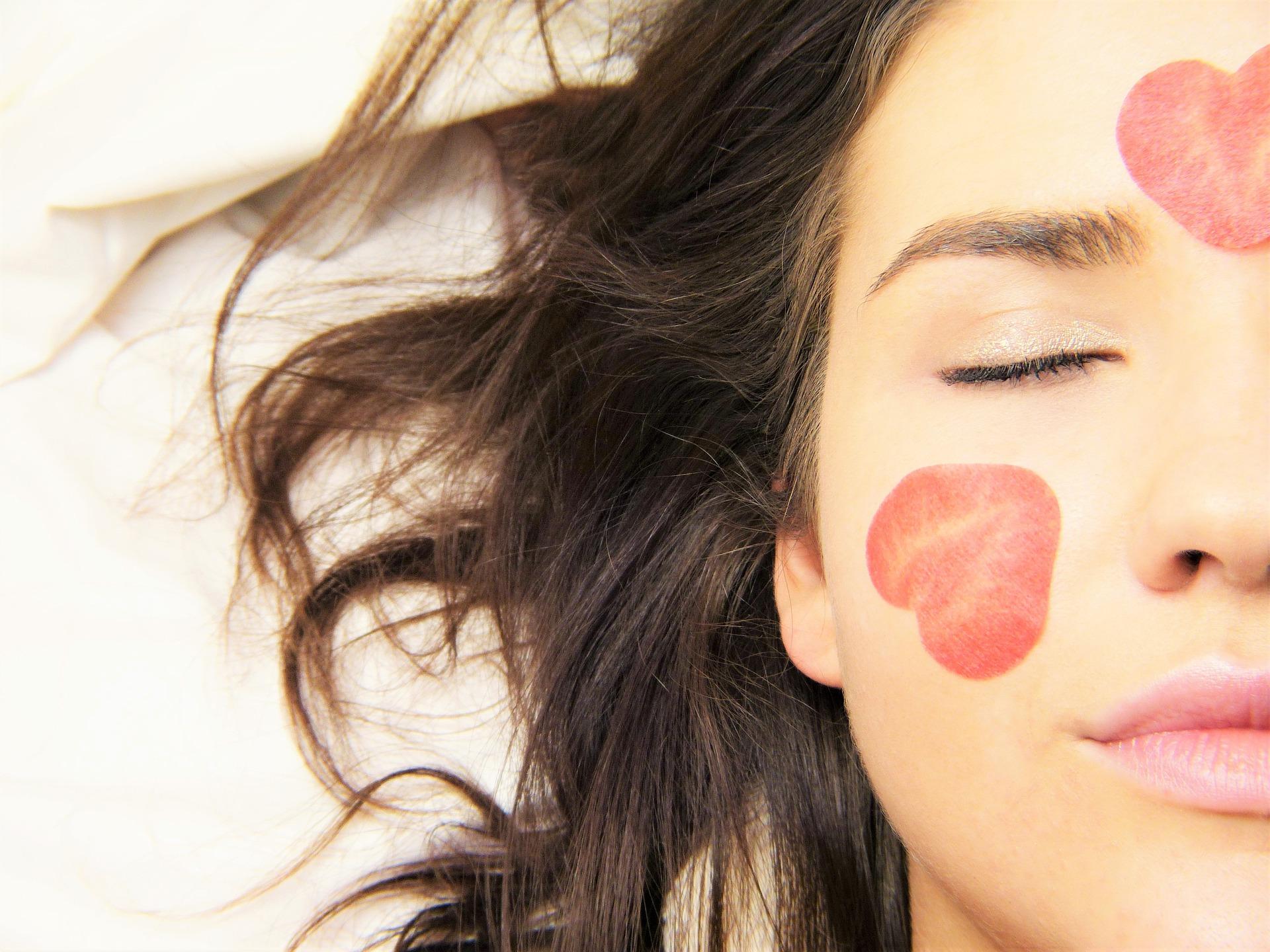 לא רק לנשים: איך לשמור על טיפוח עור הפנים בדרך נכונה