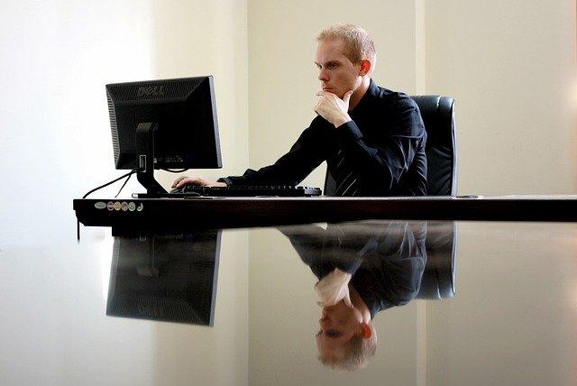 בחירת מקצוע מושכלת: איך לבחור מקצוע רווחי?
